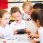 Запись вебинара «Развитие у детей чувства общности с классом»