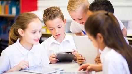"""Запис вебінару """"Розвиток дітей почуття спільності з класом"""""""