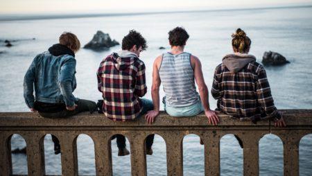 Все подростки разные или почему не нужно растить ребенка только «по книжке»