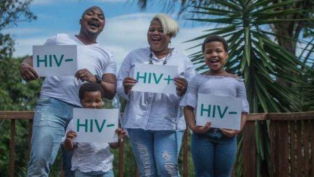Новый доклад ЮНЭЙДС показывает, что 75% всех людей, живущих с ВИЧ, знают о своем ВИЧ-статусе
