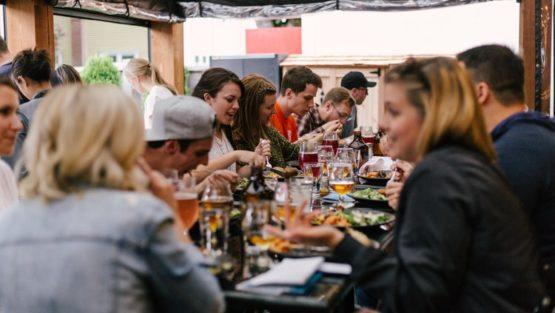 Третий вебинар Оксаны Придатко серии для консультантов «Особенности консультирования и работы с людьми, которые употребляют алкоголь, включая подростков» (на украинском языке)