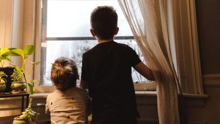 Анонс: 10 квітня – два вебінари «Як говорити з дітьми про коронавірус» та «Як і чим зайняти дититну під час карантину» – о 12.00 та 14.00