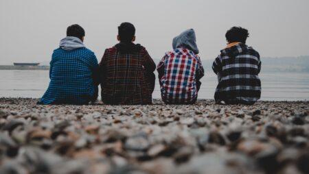 Хлопчики-підлітки на старті перехідного віку: ознаки, чинники та проблеми