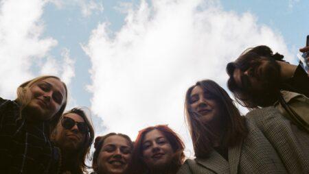 International Adolescent Health Week запрошує молодих людей віком від 16 до 22 років стати амбасадором Тижня здоров'я підлітків у 2022 році
